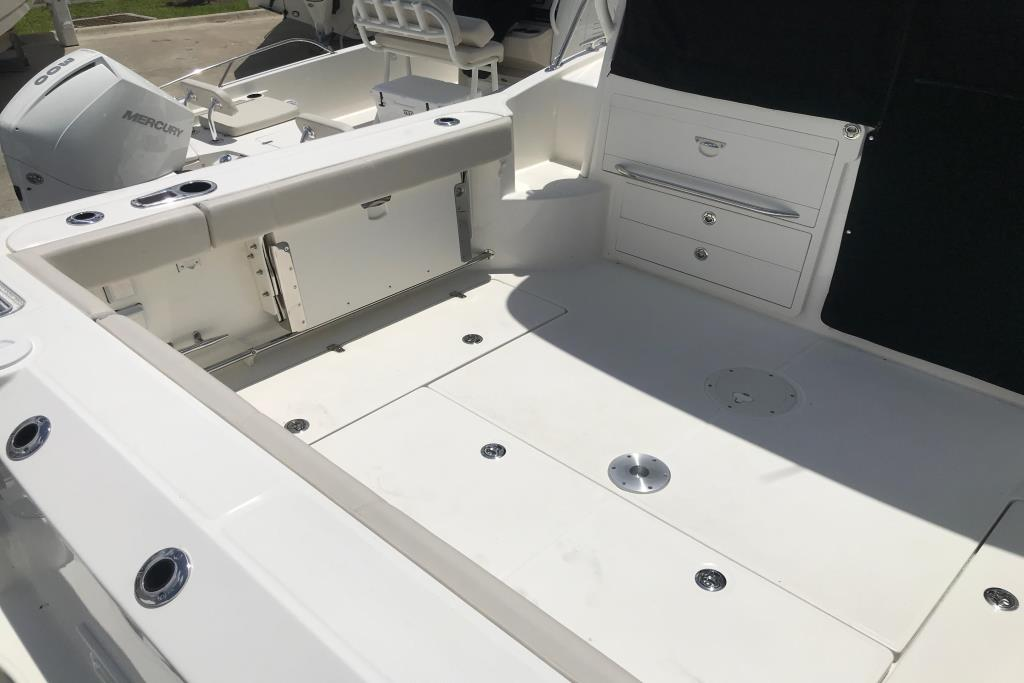 2019 Boston Whaler 315 Conquest Image Thumbnail #6