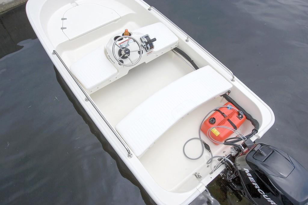 2020 Boston Whaler 110 Sport Image Thumbnail #4