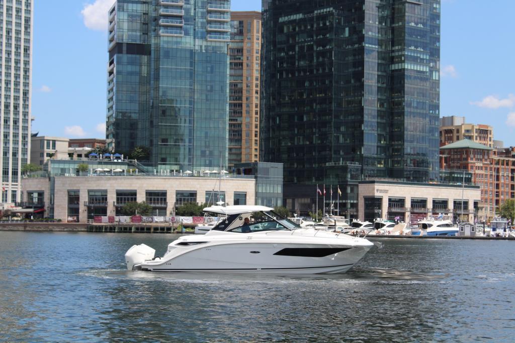 2020 Sea Ray Sundancer 320 Outboard Image Thumbnail #11
