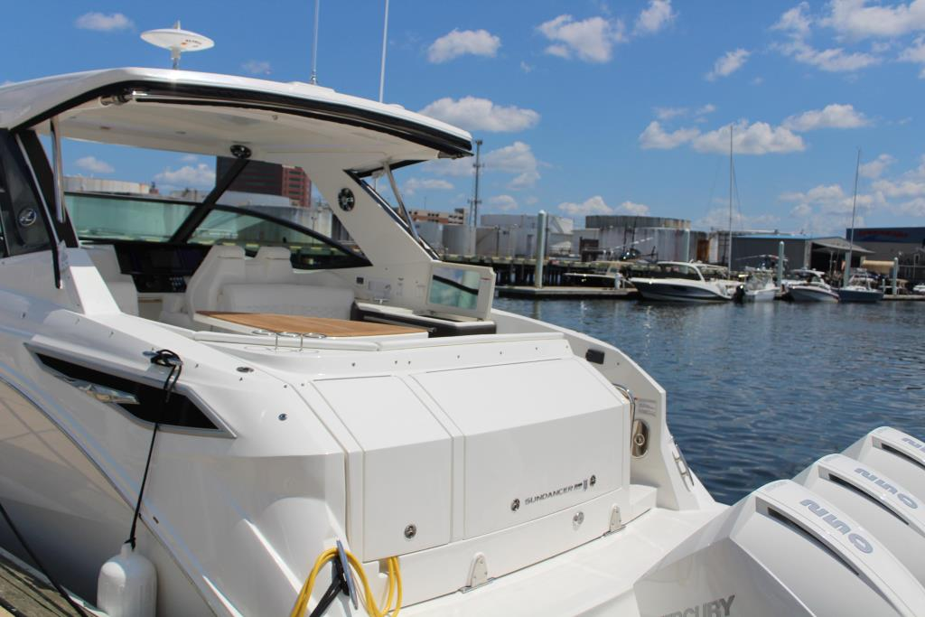 2020 Sea Ray Sundancer 320 Outboard Image Thumbnail #14