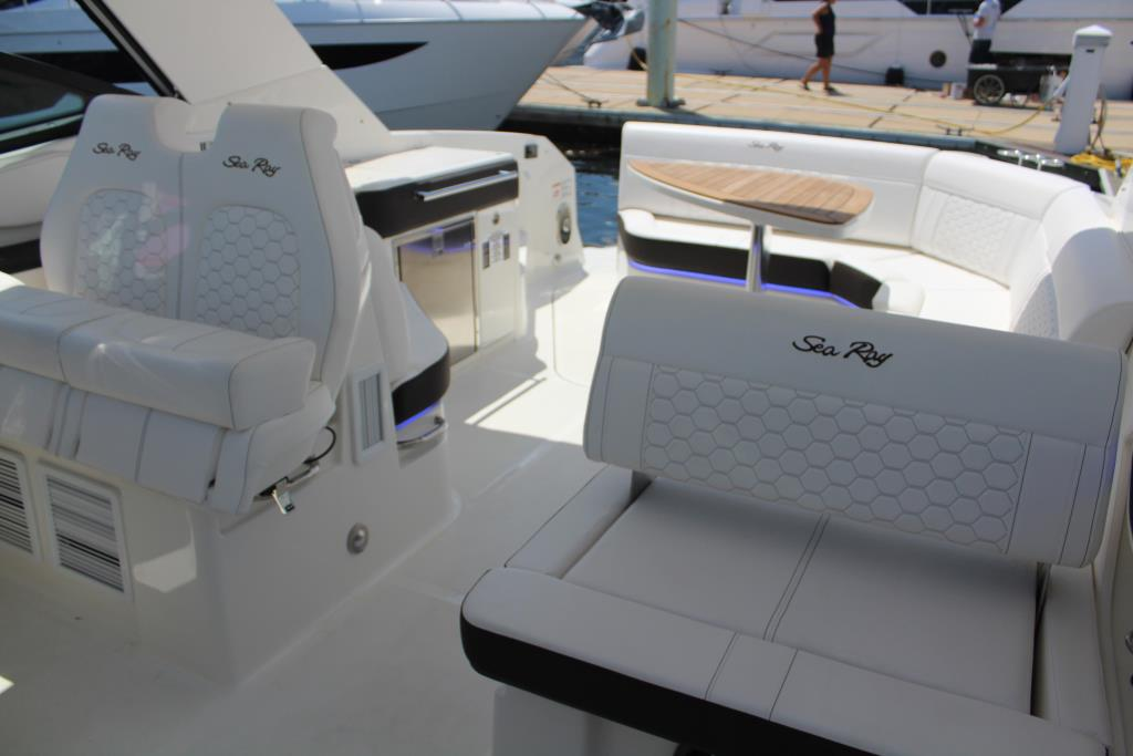 2020 Sea Ray                                                              Sundancer 320 OB Image Thumbnail #22