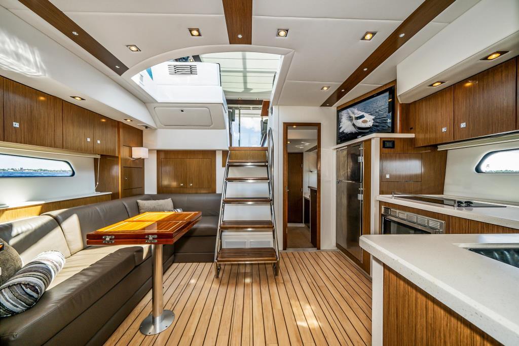 2015 Cruisers Yachts 48 Cantius Image Thumbnail #32