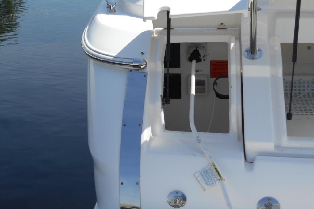 2012 Regal 35 Express Cruiser Image Thumbnail #7