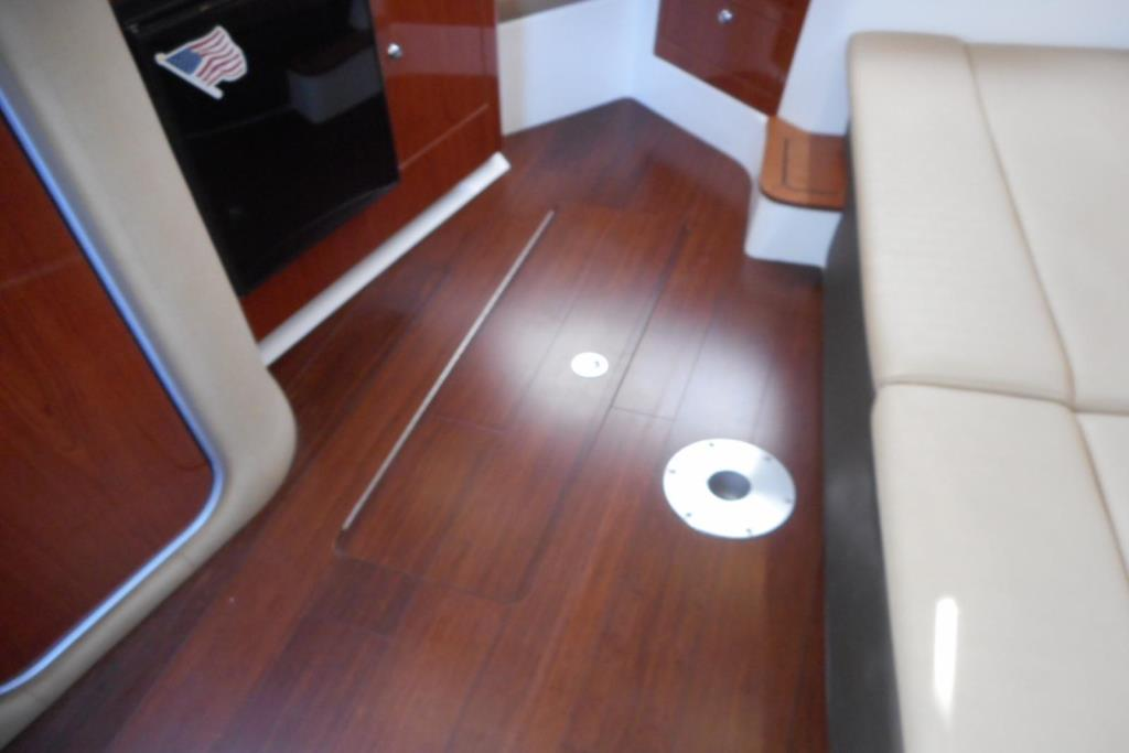 2012 Regal 35 Express Cruiser Image Thumbnail #32