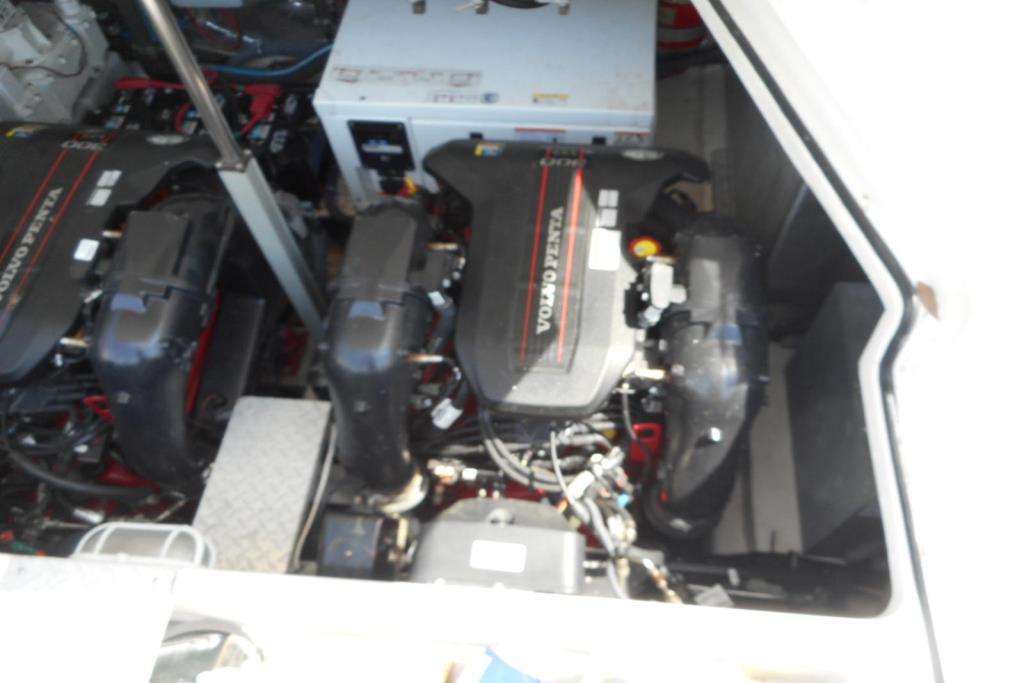 2012 Regal 35 Express Cruiser Image Thumbnail #55