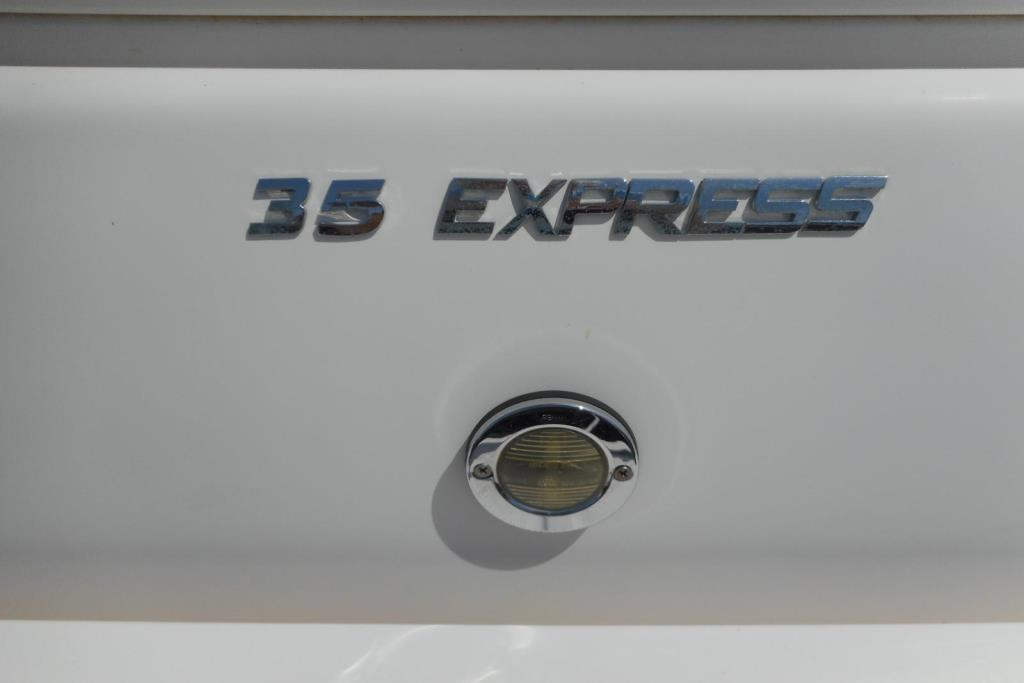 2012 Regal 35 Express Cruiser Image Thumbnail #36