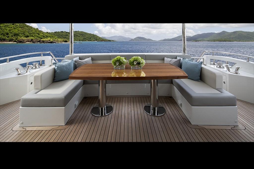 2019 Ocean Alexander 88 Motoryacht Skylounge Image Thumbnail #7