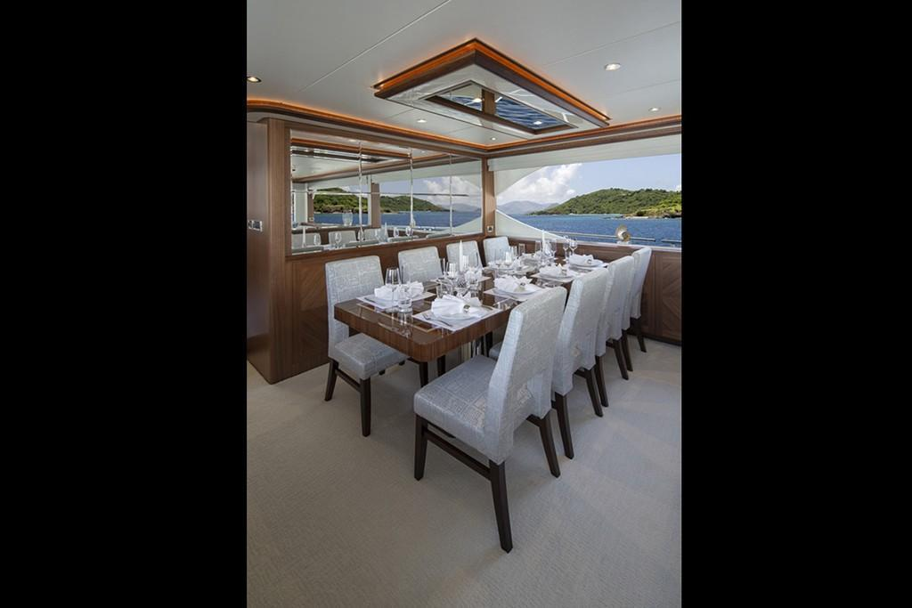 2019 Ocean Alexander 88 Motoryacht Skylounge Image Thumbnail #10