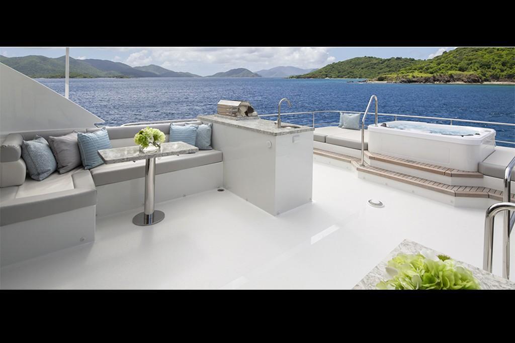 2019 Ocean Alexander 88 Motoryacht Skylounge Image Thumbnail #6