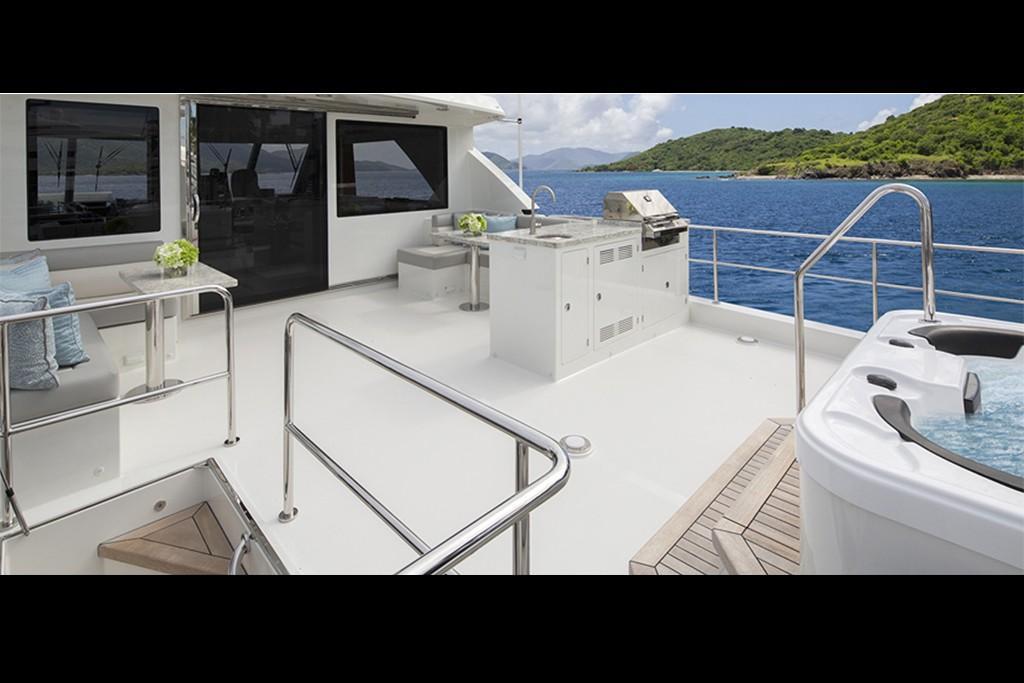 2019 Ocean Alexander 88 Motoryacht Skylounge Image Thumbnail #5
