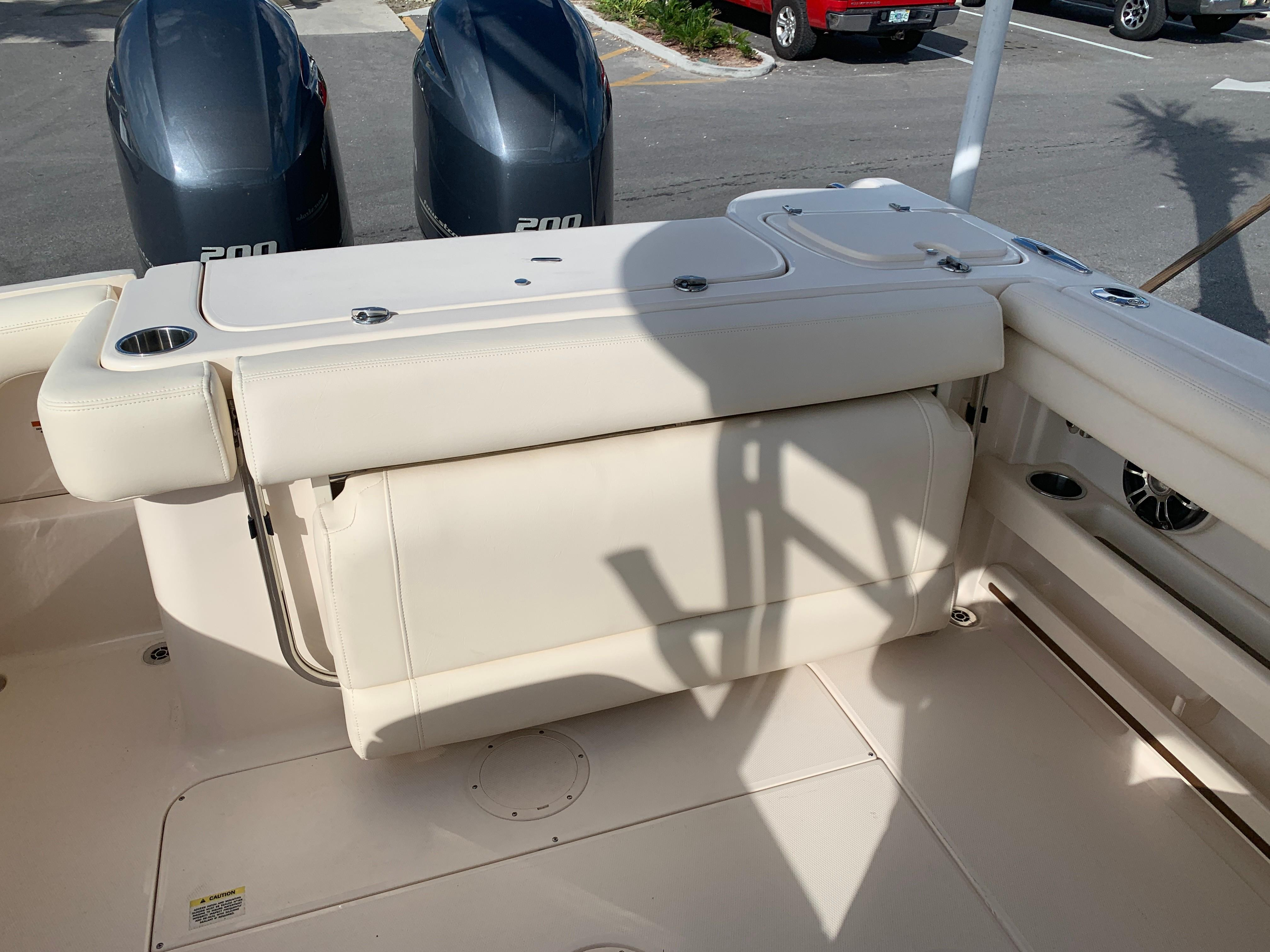 2020 Grady-White                                                              Freedom 275 Twin Engine Image Thumbnail #5