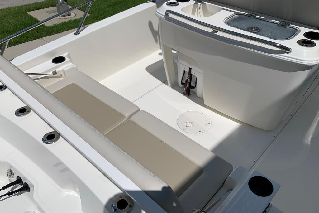 2020 Boston Whaler                                                              270 Dauntless Image Thumbnail #14