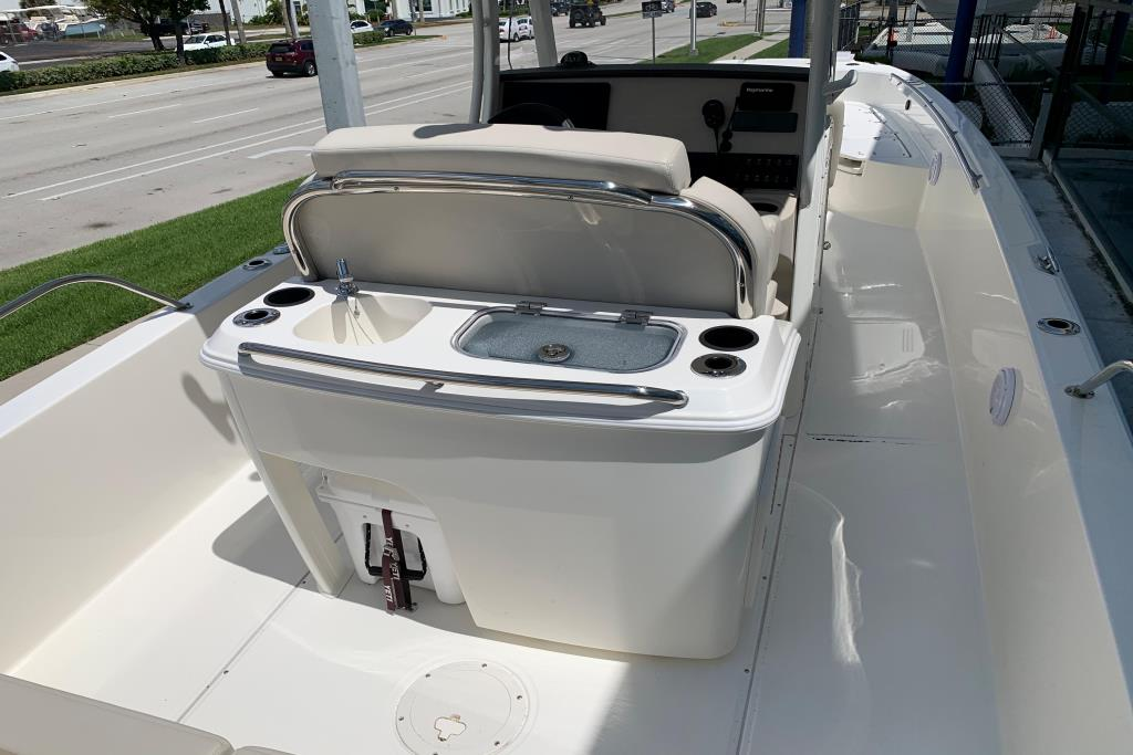 2020 Boston Whaler                                                              270 Dauntless Image Thumbnail #17