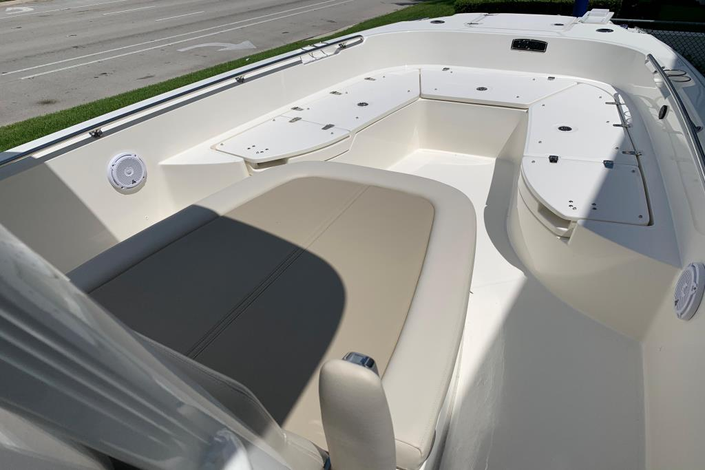 2020 Boston Whaler                                                              270 Dauntless Image Thumbnail #22