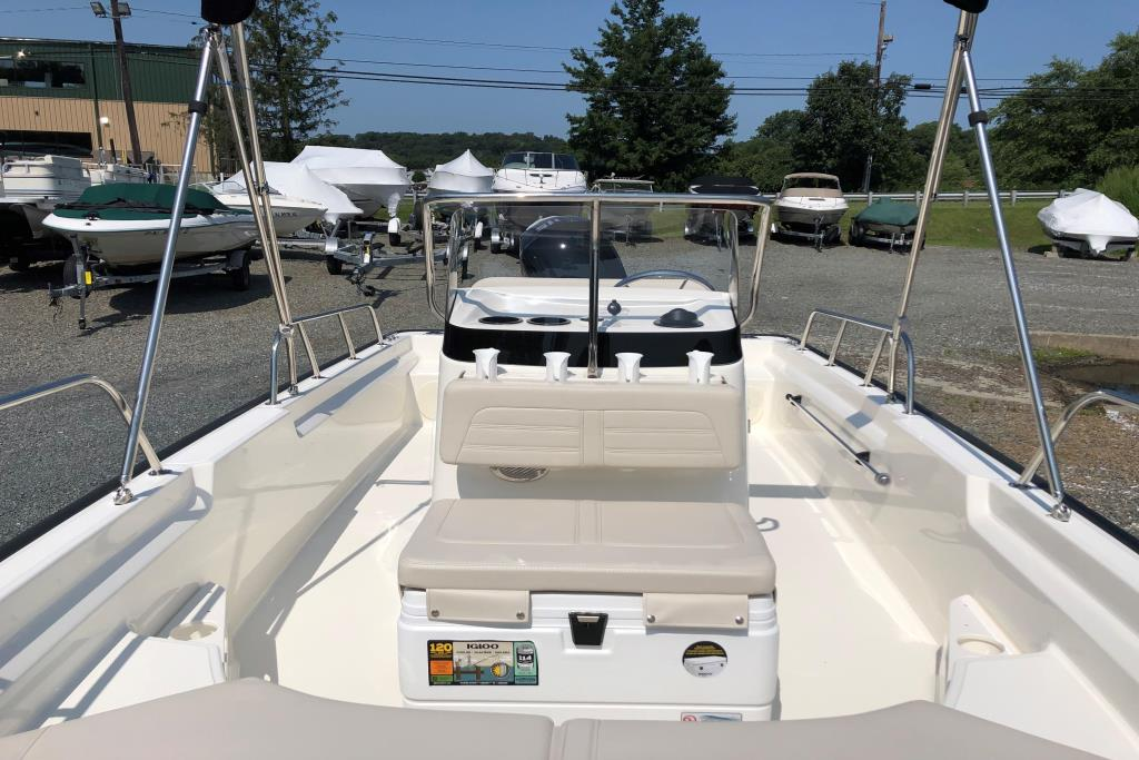 2020 Boston Whaler 170 Montauk Image Thumbnail #17