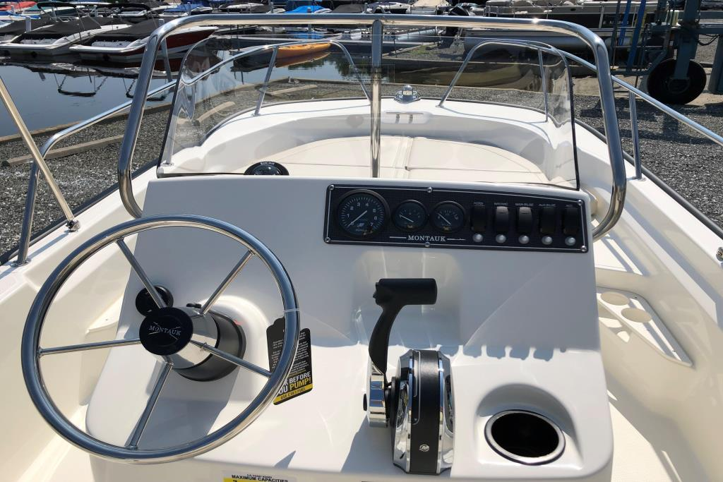 2020 Boston Whaler 170 Montauk Image Thumbnail #11