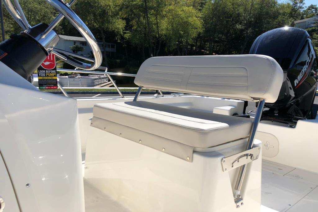 2020 Boston Whaler 170 Montauk Image Thumbnail #15