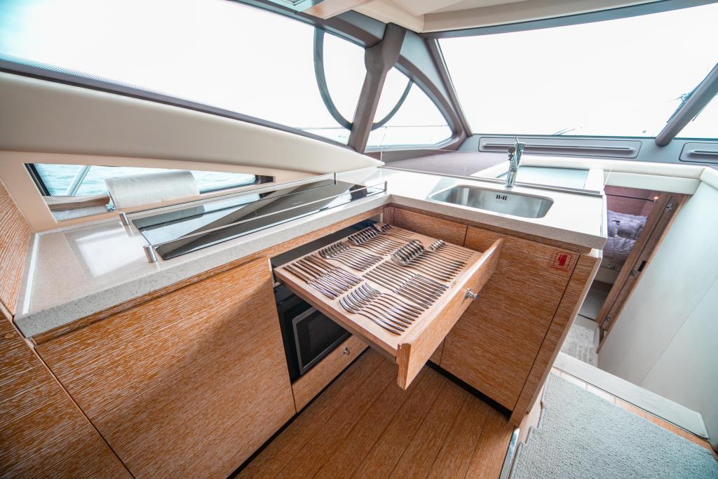 2014 Azimut                                                              54 Flybridge Image Thumbnail #36