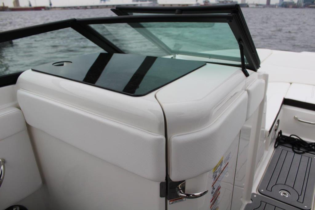 Photo 18 for 2020 Sea Ray SPX 230 Outboard
