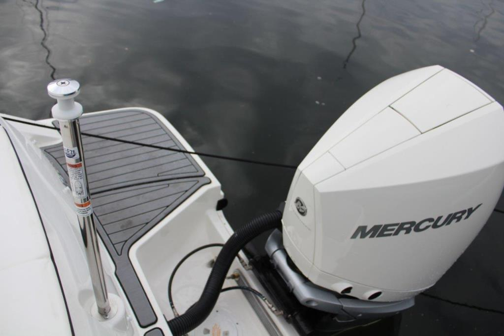 Photo 28 for 2020 Sea Ray SPX 230 Outboard