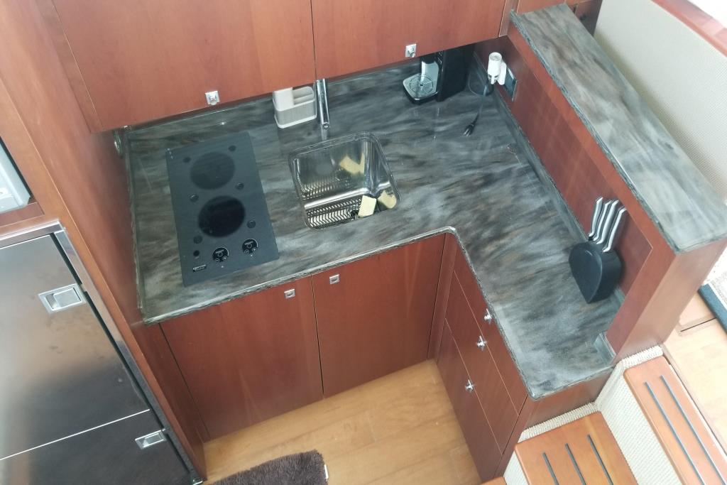 2012 Sea Ray 450 Sedan Bridge Image Thumbnail #10