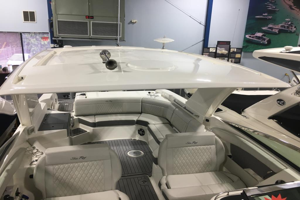 2020 Sea Ray SLX 350 Outboard Image Thumbnail #23