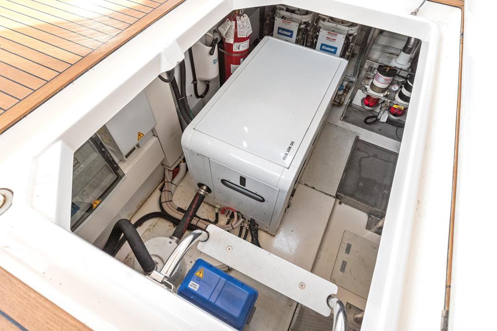 2011 Azimut 58 Flybridge Image Thumbnail #43