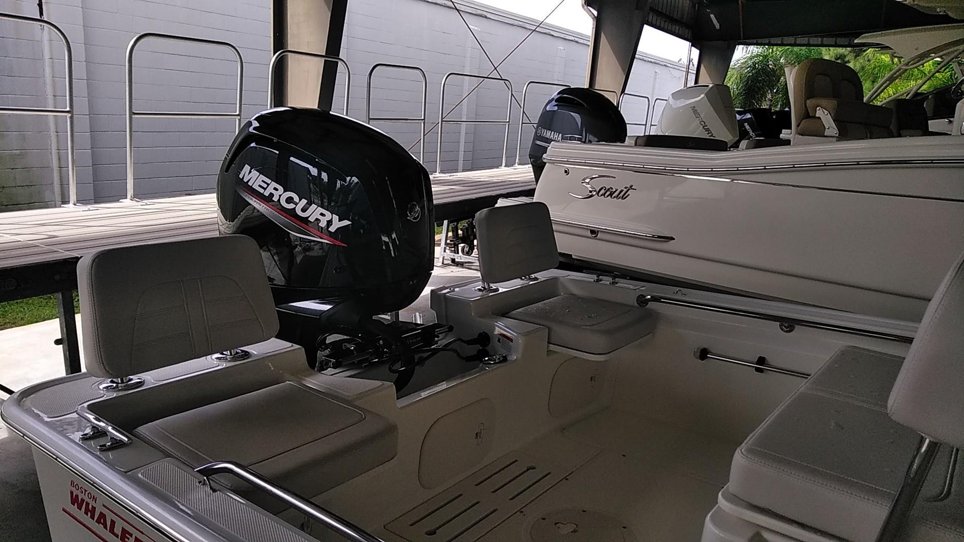 2020 Boston Whaler 170 Montauk Image Thumbnail #4