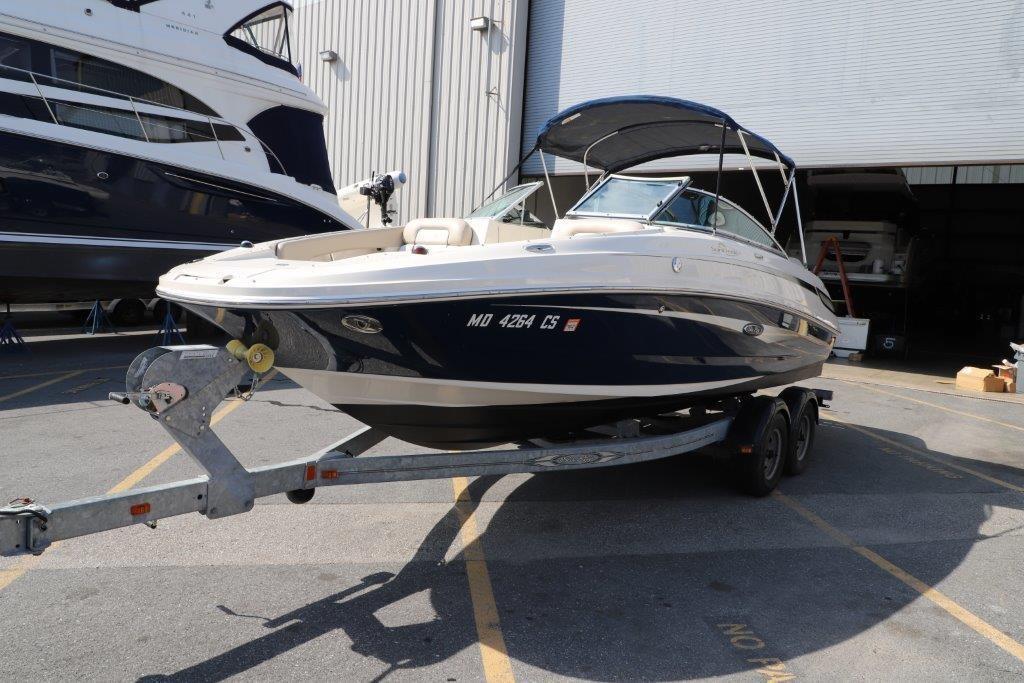 2010 Sea Ray 220 Sundeck Image Thumbnail #16