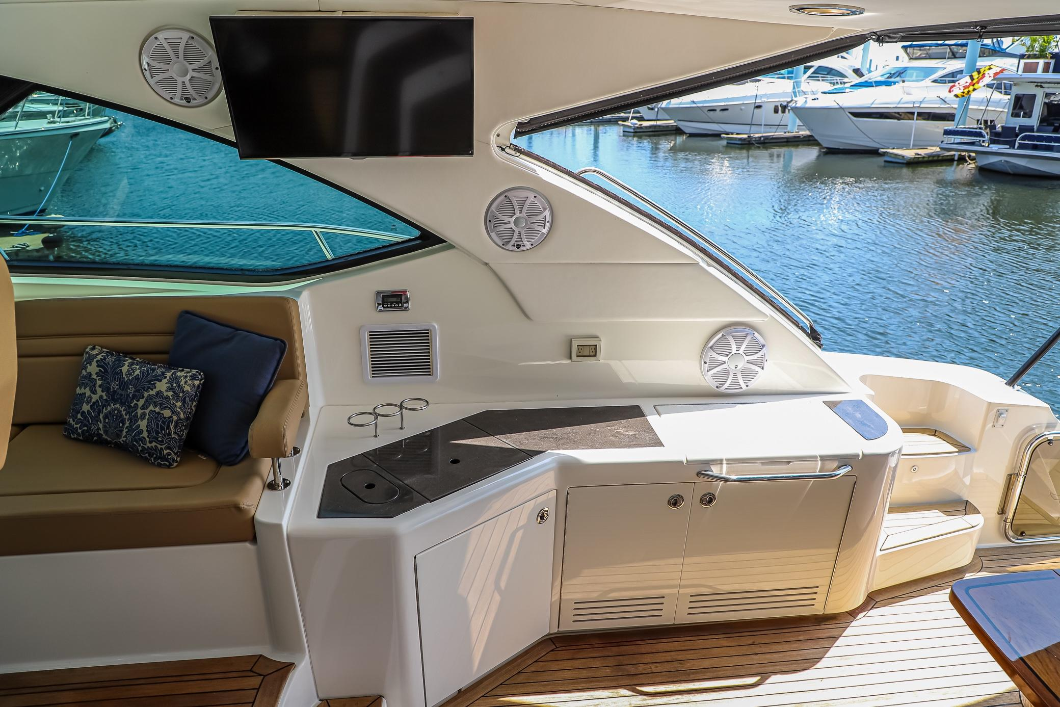Photo 19 for 2015 Sea Ray 540 Sundancer