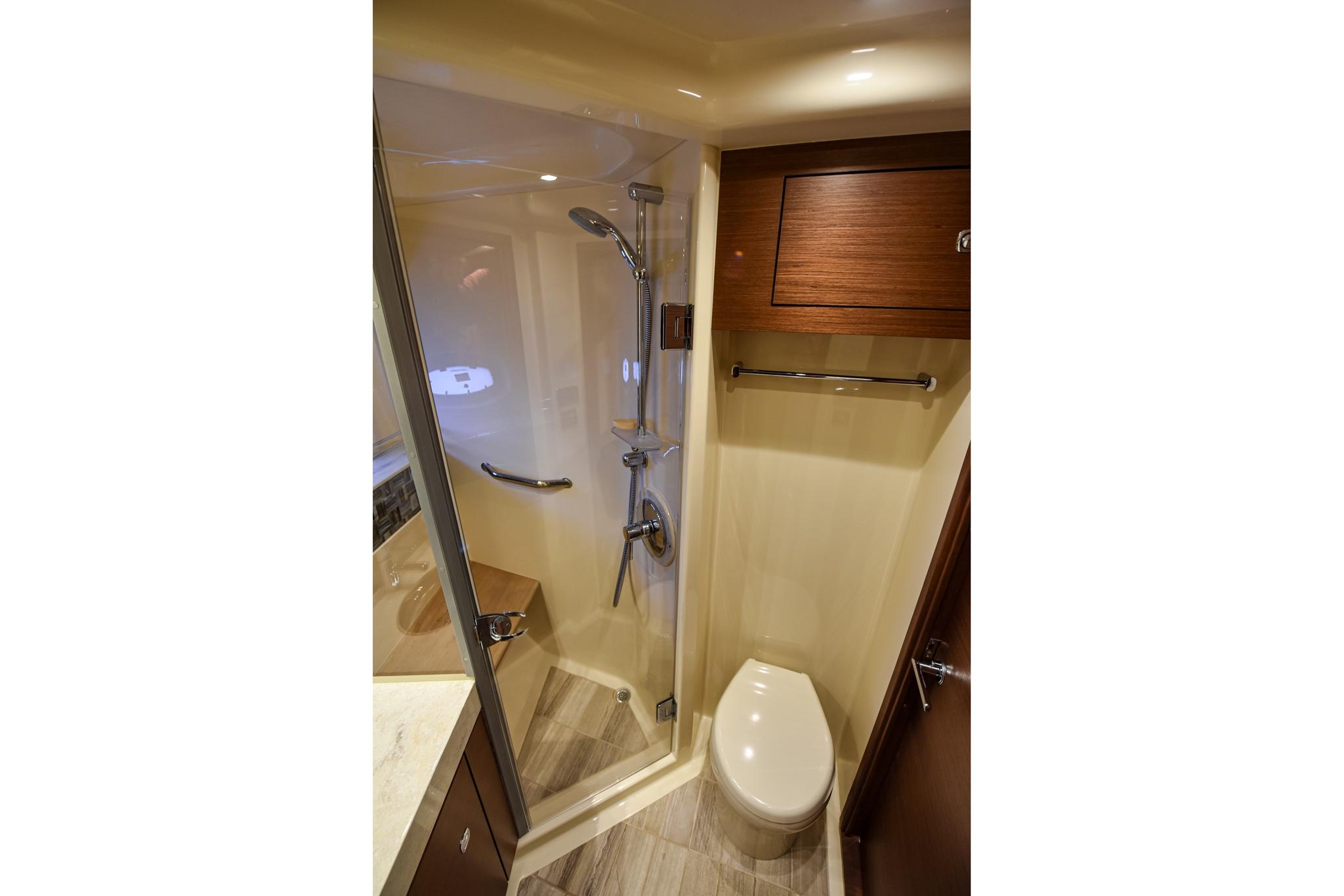 Photo 39 for 2015 Sea Ray 540 Sundancer