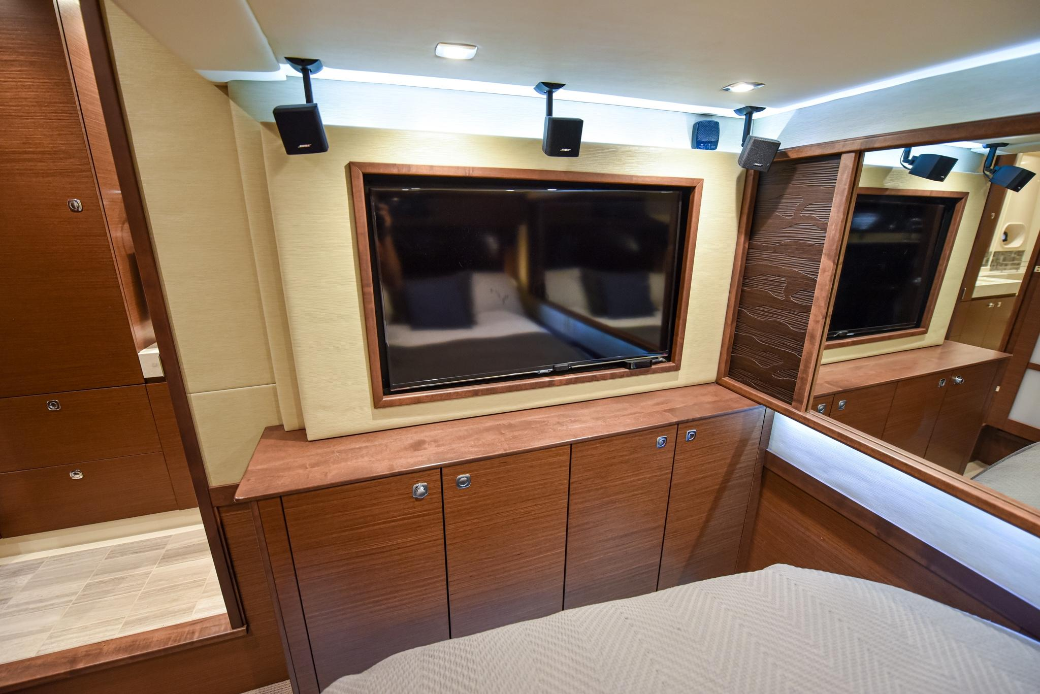 Photo 42 for 2015 Sea Ray 540 Sundancer
