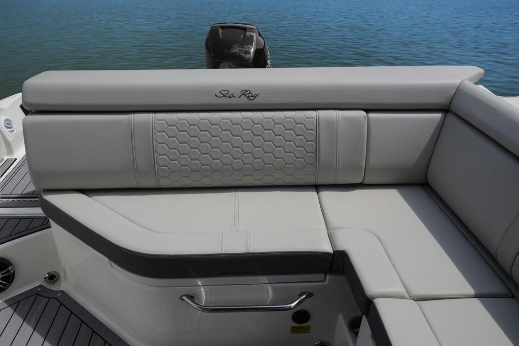 2020 Sea Ray SDX 270 Outboard Image Thumbnail #25