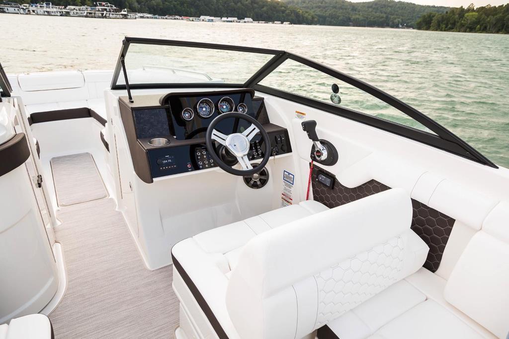 2020 Sea Ray SDX 270 Outboard Image Thumbnail #21