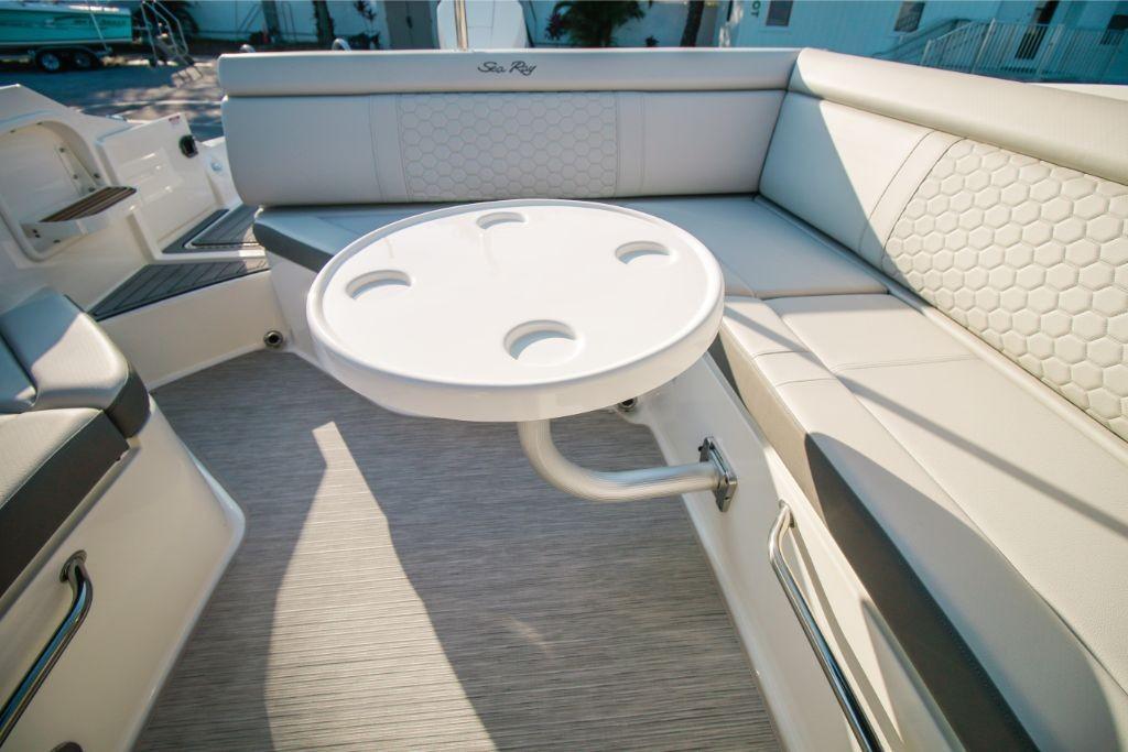 2020 Sea Ray SDX 270 Outboard Image Thumbnail #12