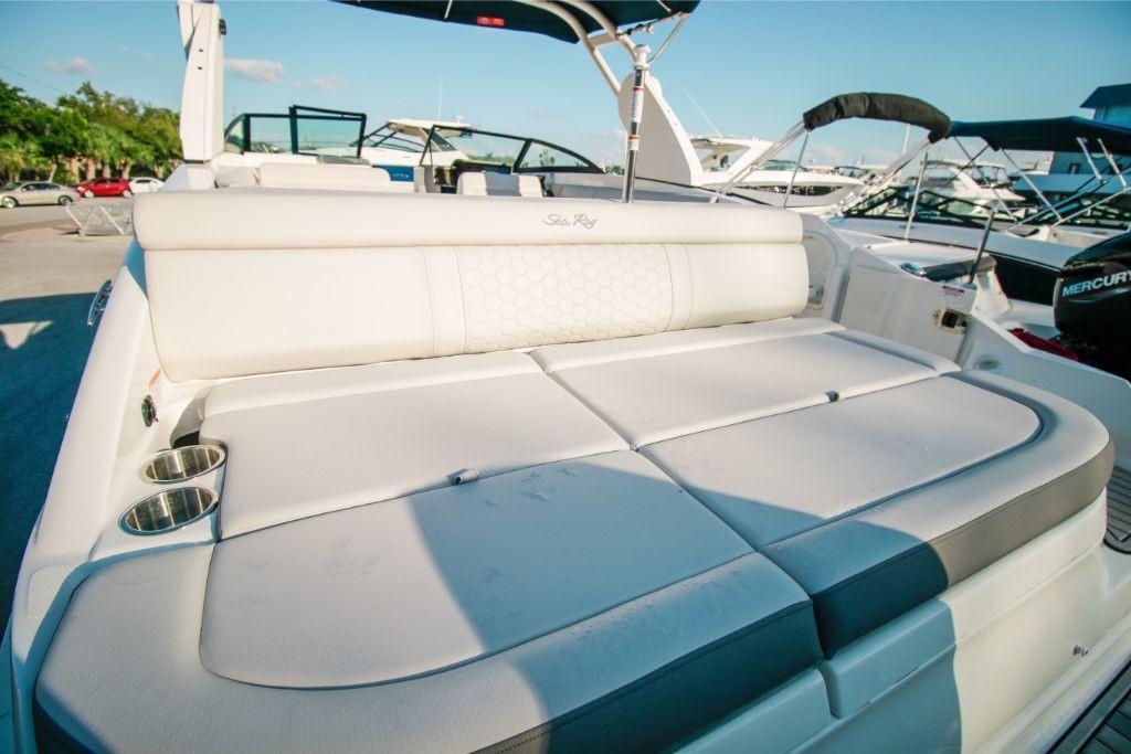 2020 Sea Ray SDX 270 Outboard Image Thumbnail #6