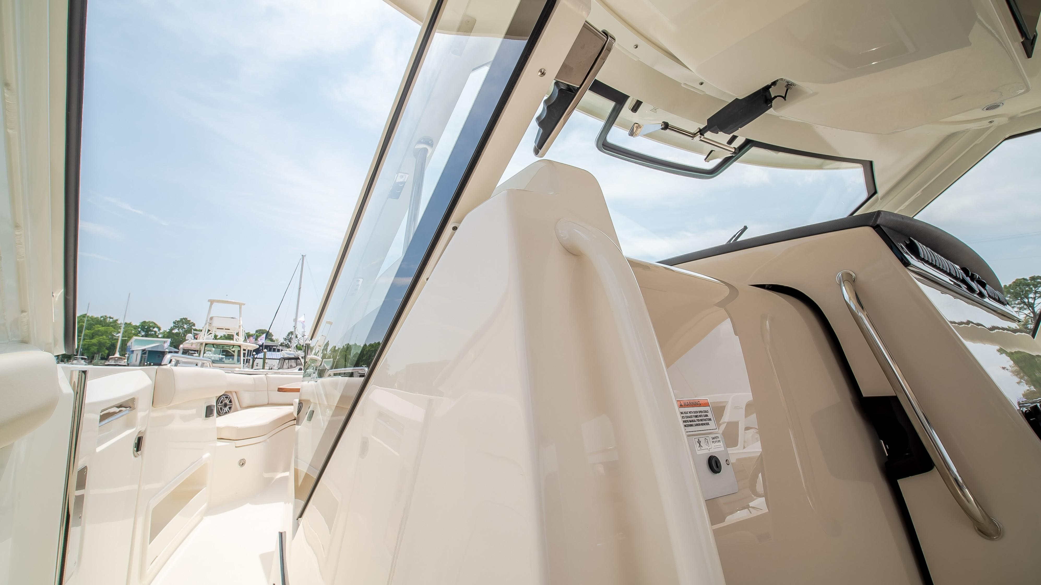 2020 Boston Whaler                                                              380 Realm Image Thumbnail #22
