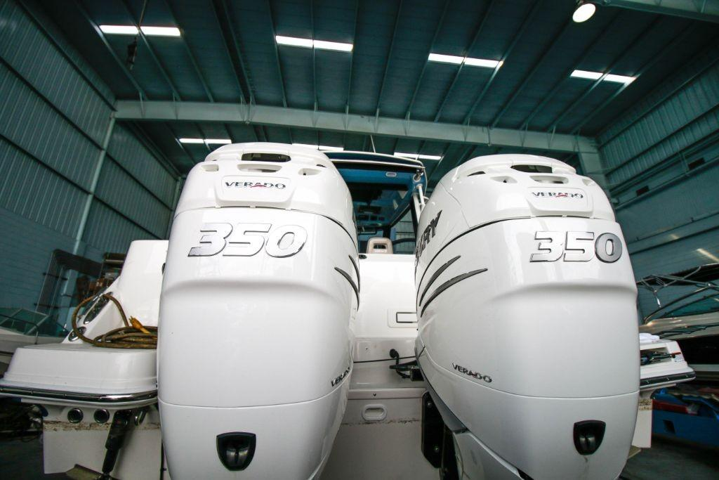 2020 Boston Whaler 325 Conquest Image Thumbnail #2