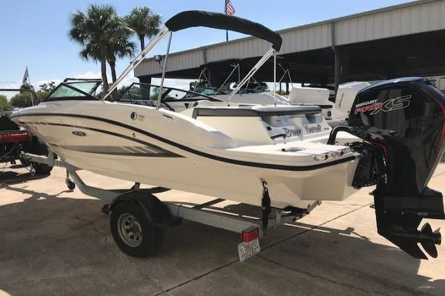 2017 Sea Ray 190 SPX-OB Image Thumbnail #0
