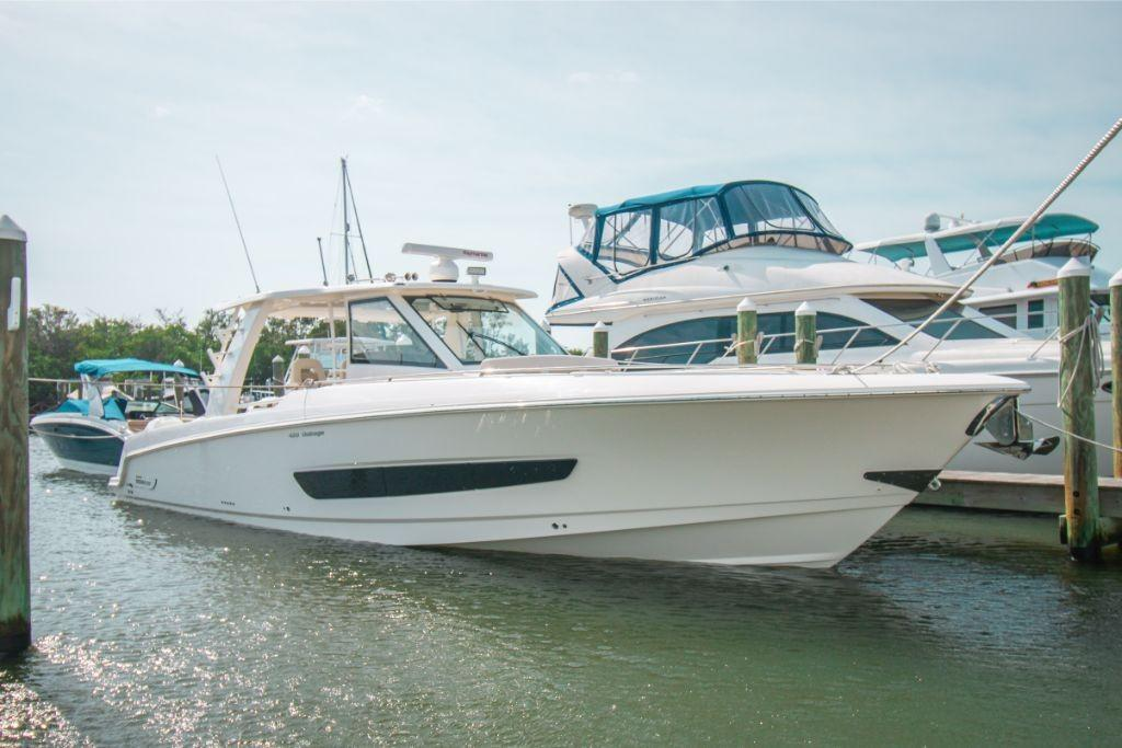 2020 Boston Whaler 420 Outrage