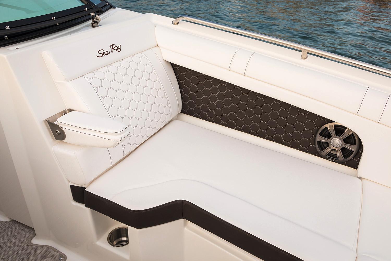 2020 Sea Ray SDX 270 Outboard Image Thumbnail #4