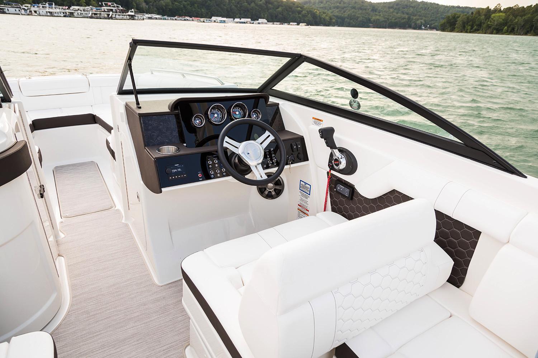 2020 Sea Ray SDX 270 Outboard Image Thumbnail #5