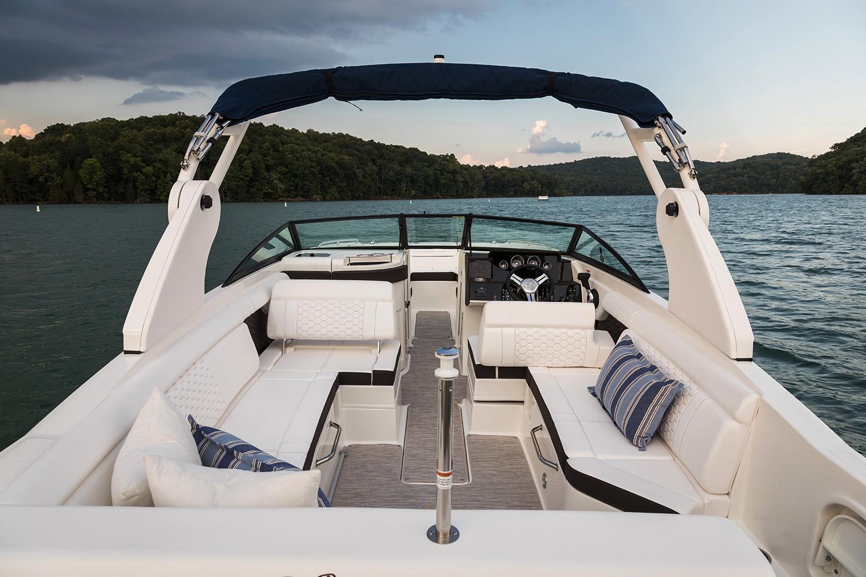2020 Sea Ray SDX 270 Outboard Image Thumbnail #7