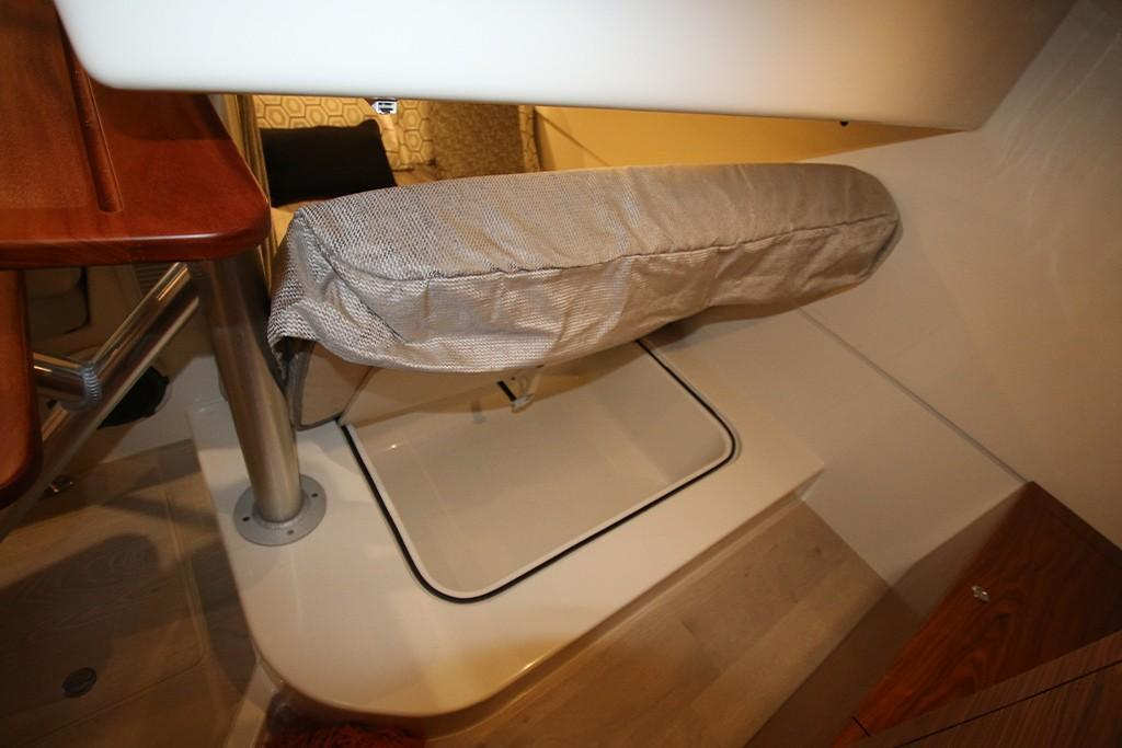 Photo 32 for 2021 Boston Whaler 405 Conquest