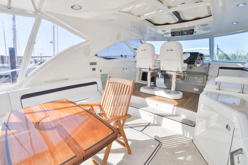 2010 Sea Ray                                                              540 Sundancer Image Thumbnail #3