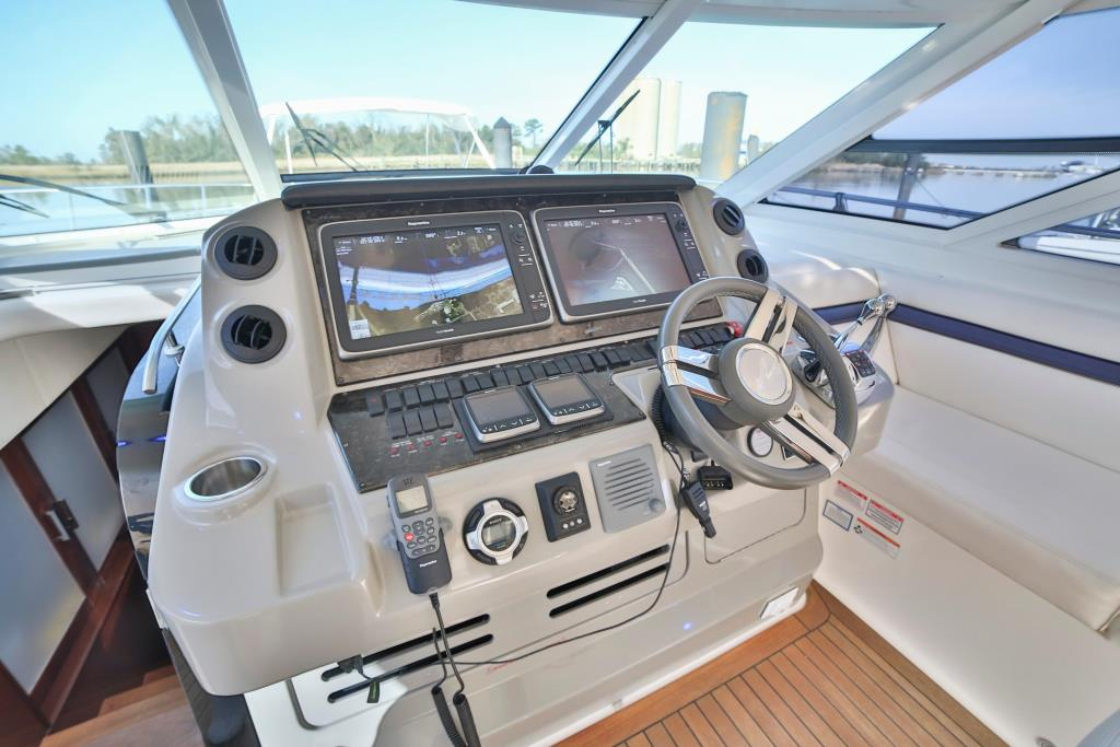 2010 Sea Ray                                                              540 Sundancer Image Thumbnail #9