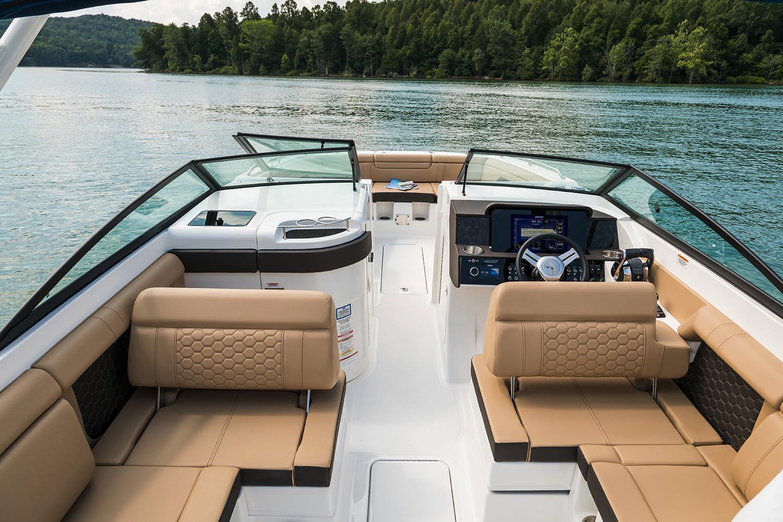2020 Sea Ray SDX 290 Outboard Image Thumbnail #8