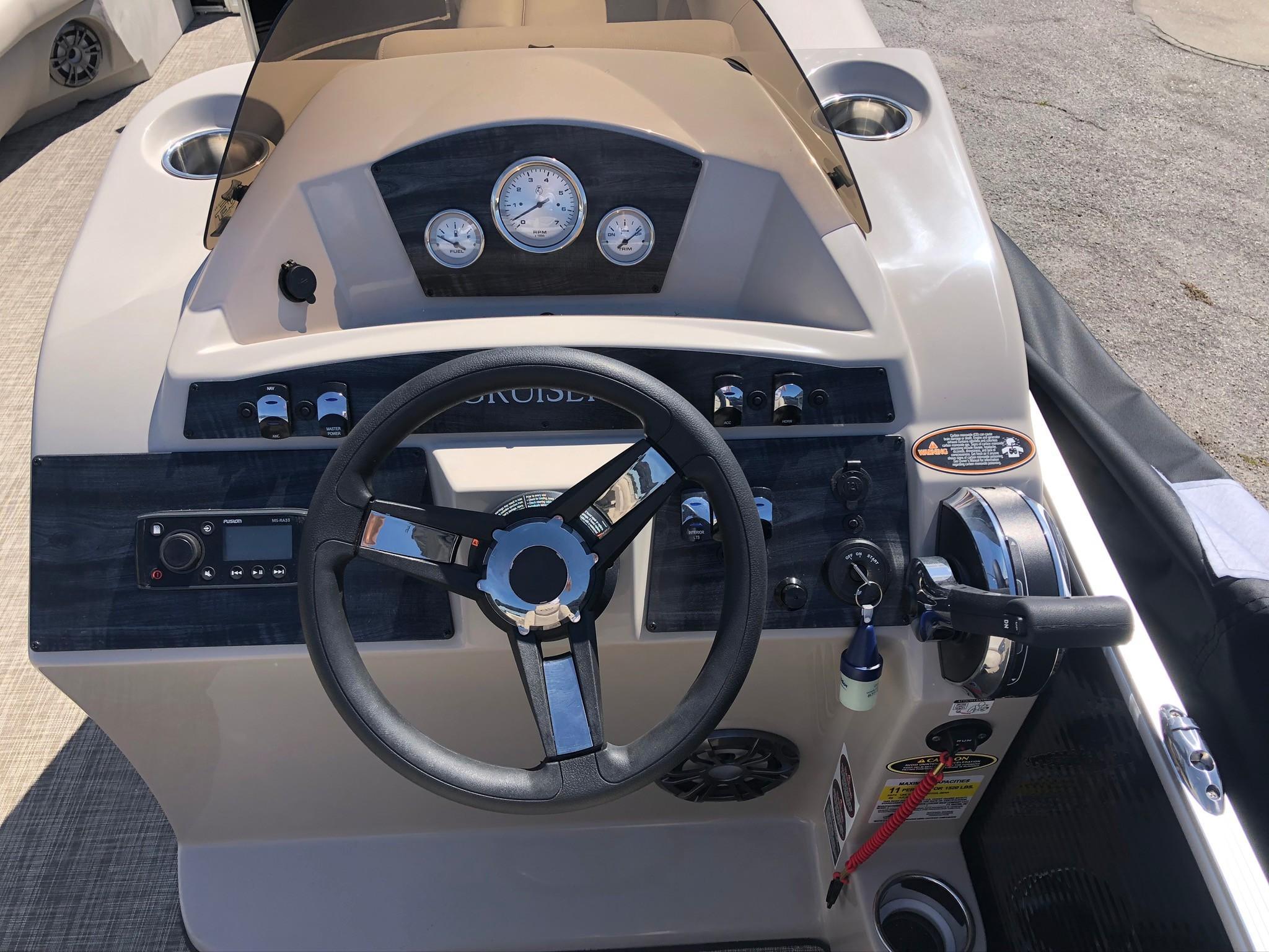2020 Harris Cruiser 230 Image Thumbnail #9