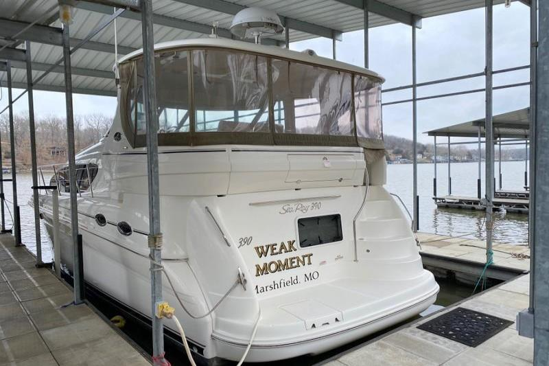 2004 Sea Ray                                                              390 Motor Yacht Image Thumbnail #2