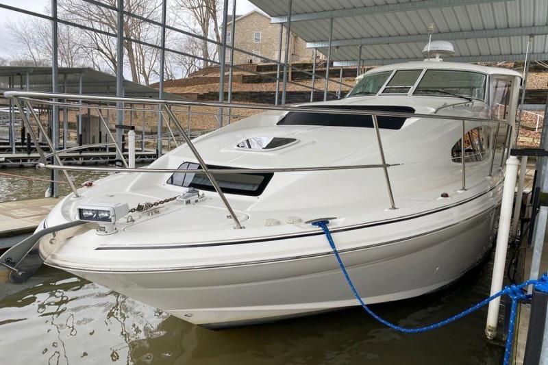 2004 Sea Ray                                                              390 Motor Yacht Image Thumbnail #4